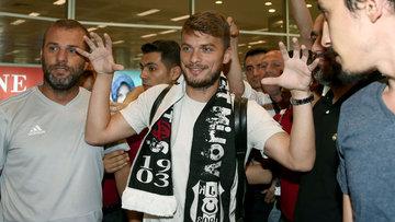 Sırp 10 numara İstanbul'a geldi! Adem Ljajic Beşiktaş'ta