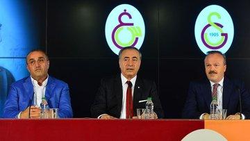 Galatasaray Başkanı'ndan transfer açıklaması