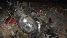 TIR şarampole devrildi, 1 kişi hayatını kaybetti