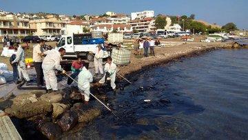 Foça'da denize petrol sızmasıyla ilgili yeni gelişme