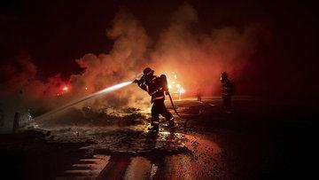 Kaliforniya yine alev alev! Orman yangını 2 bin hektardan fazla alana yayıldı