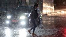 Uyarılar art arda gelmişti! İstanbul'da sağanak yağış etkili oluyor