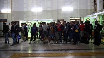 Tren garında göçmen operasyonu