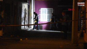 Kavgayı ayırmak isteyen polise bıçaklı saldırı