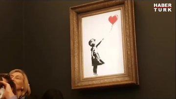 Müzayedede satılan tablo kendi kendini imha etti