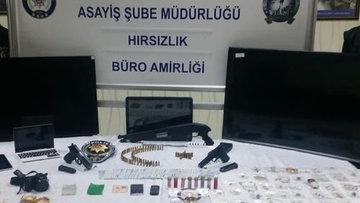 Suç makinesi kadınlara polis baskını