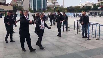 İstanbul Adliyesi önünde bıçaklı kavga: 3 yaralı