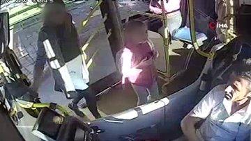 Antalya'da halk otobüsü şoförü ile kadın yolcu arasındaki dil anlaşmazlığı şoförün burnunun kırılmasıyla sonuçlandı