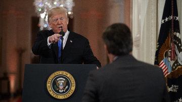 Trump'tan CNN muhabirine sert çıkış