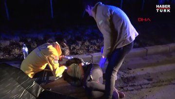 Seyir halindeki araçtan atlayan kadın yaralandı