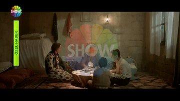 Müslüm filminin ekibi Müslüm Gürses'in Adana'daki evini ziyaret etti!