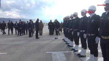 Bakan Soylu, Hakkari'de yaralı askerleri ziyaret etti