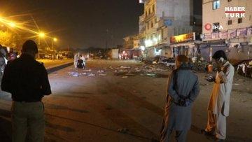 Pakistan'da bombalı saldırı: Ölü ve yaralılar var