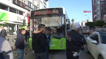 Cipteki kadınlar, yol vermediği iddiasıyla kadın otobüs şöförünü dövdü