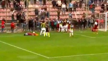 Trabzonspor - Fenerbahçe U21 maçında kavga!