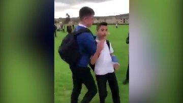 İngiltere'de ırkçı saldırı: Boğazını sıkıp su döktüler