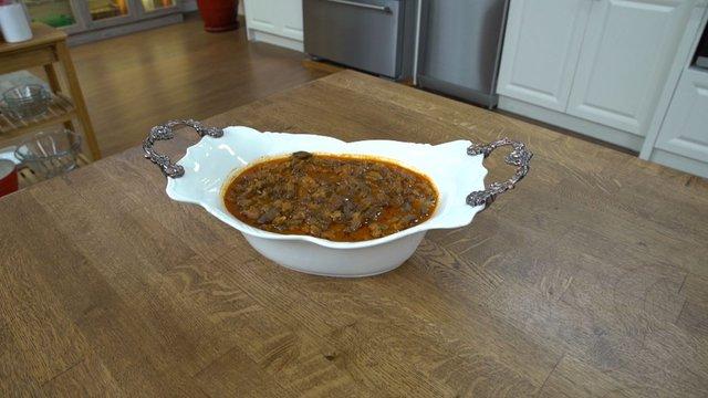 Etli bamya çorbası