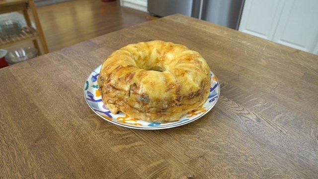 Patlıcanlı kıymalı simit börek