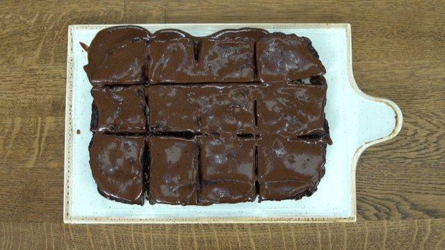 Kahveli pişmeyen brownie
