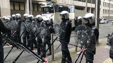 Fransa'da Noel pazarına silahlı saldırı!