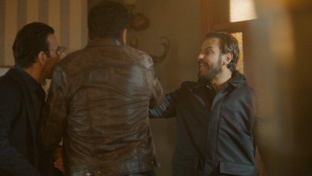 Ersoy, Vartolu'ya silah çekiyor!