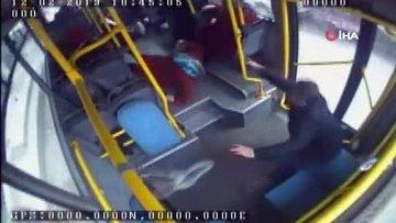 Doğal gaz patlaması halk otobüsünün güvenlik kamerasınca kaydedildi