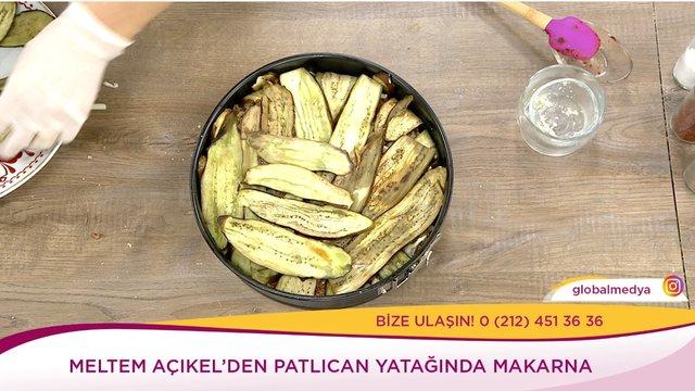 Patlıcan Yatağında Makarna
