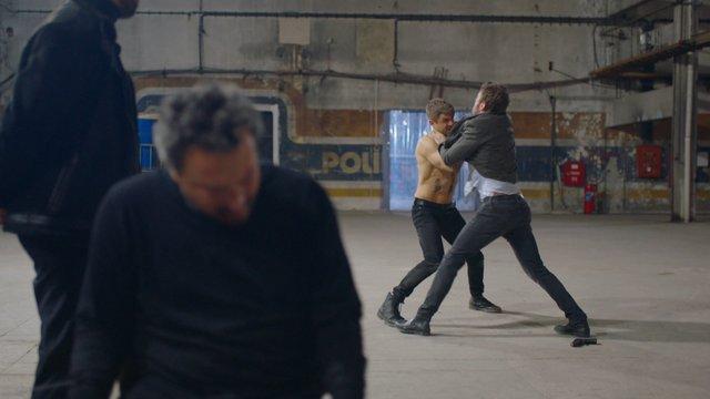 Zeynep, Ivan'ın elinde!