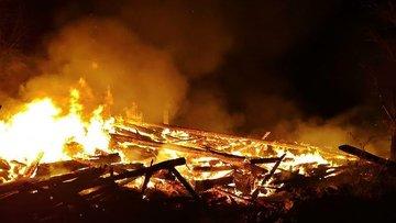 Çorum'da feci yangın! 11 ev kül oldu