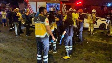 Kartal'a feci kaza: 8 ağır yaralı