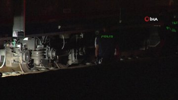 Bakırköy'de tren raylarına atlayan bir kişi hayatını kaybetti