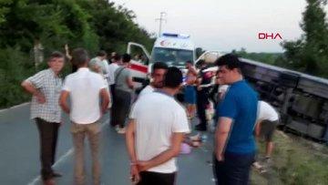 Çatalca'da midibüs devrildi: 23 yaralı