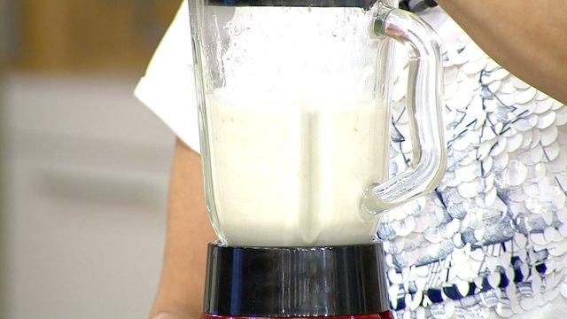 Ev yapımı badem sütü!