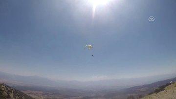Ters hava akımına kapılarak düşen yamaç paraşütçüsü öldü