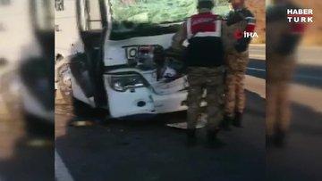 Son dakika... Yolcu otobüsü ile TIR çarpıştı: 4'ü ağır 17 yaralı