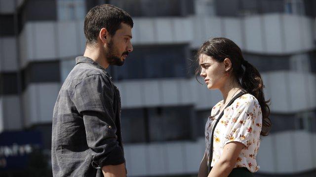 Aşk Ağlatır 4. Bölüm