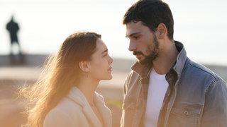 Aşk Ağlatır 8. Bölüm