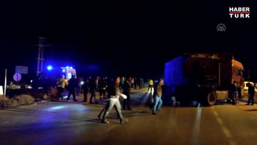 Taraftarları taşıyan otobüs kaza yaptı: Yaralılar var