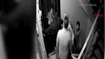 """""""Gürültü yapmayın uyuyamıyorum"""" mesajı attığı komşularının saldırısına uğradı"""