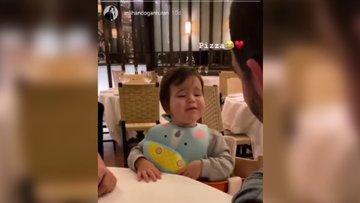 Arda Turan'ın 1 yaşındaki oğlunun 'pizza' demesi babası Arda Turan'ı çok mutlu etti