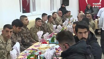 Erdoğan, Geçitli Jandarma Karakolu'ndaki askerlerin yeni yılını kutladı