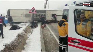 Isparta'da yolcu otobüsü devrildi; yaralılar var