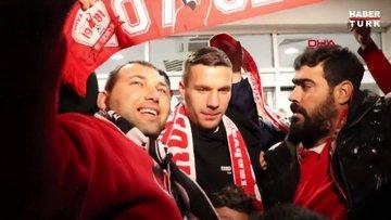 Antalyaspor'un prensipte anlaştığı Lukas Podolski Antalya'ya geldi
