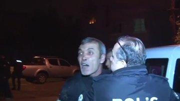 Sokak ortasında önce karısını dövdü sonra da kendini içeri kitleyip evini ateşe verdi