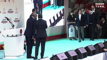 Cumhurbaşkanı Erdoğan, Larkin'e A Milli Takım forması hediye etti