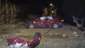 Adana'da kaza yapan otomobilde hırsızlık şüphesi: 4 yaralı