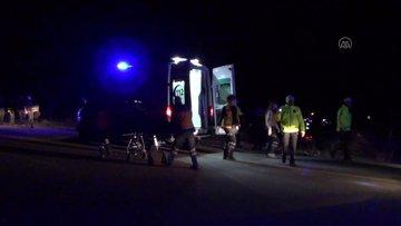 Konya'da sığınmacıları taşıyan minibüs devrildi: 14 yaralı