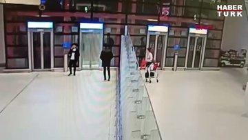 İstanbul Havalimanı'nda telefon kaçakçılarının ilginç yöntemi kamerada