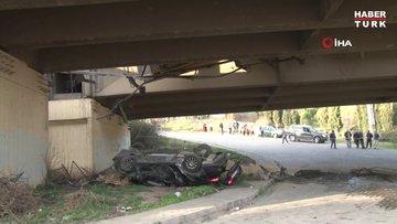 TEM'de 5 aracın karıştığı kazada otomobil viyadükten aşağı uçtu: 7 yaralı