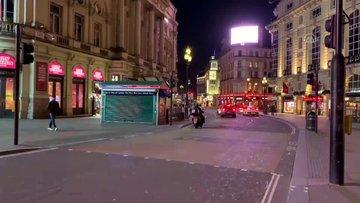 Kovid-19 korkusu nedeniyle Londra'da caddeler boşaldı